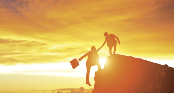 WHEN AGENTS AND RISK MANAGERS INTERSECT