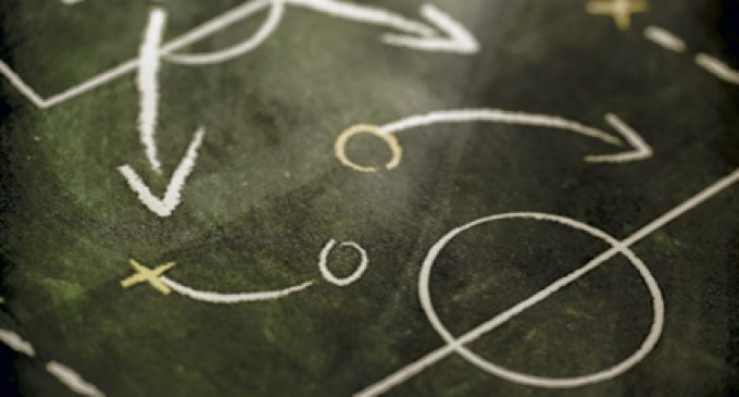 THE SALES LEADER: EIGHT TACTICS FOR SUCCESS